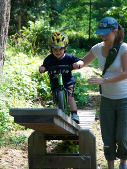 Alexander tackles the seesaw on Thetis.